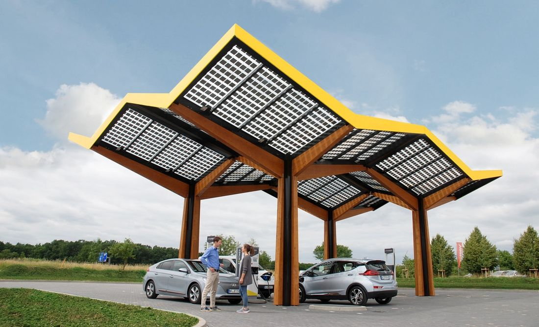 1. Fastned Ladestation in Deutschland